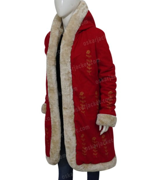 The Christmas Chronicles 2 Mrs. Claus Fur Coat Right