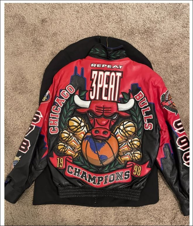 Jeff Chicago Bulls Three Peat Leather Jacket Back Image