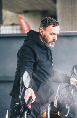 Men Best Leather Biker Jackets For Winter Wardrobe