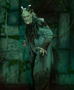 Tricia-Helfer-Van-Helsing-S04-Dracula-Blue-Coat-Image